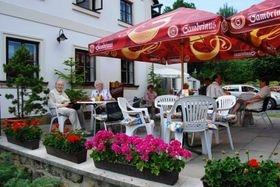 zahradní restaurace penzion Sportturia